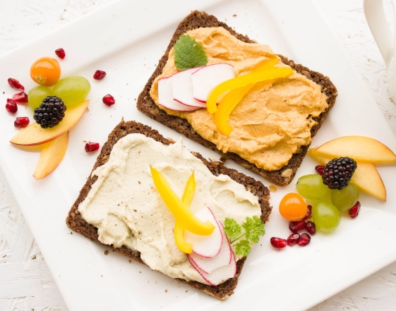 hummus fruit whole grain breakfast